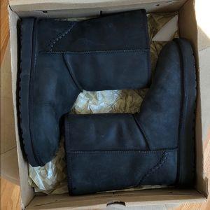 Men's Black Short Ugg Boots